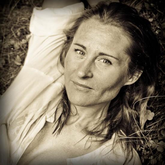 Portrait by Bertil Lindgren, Liz Landin